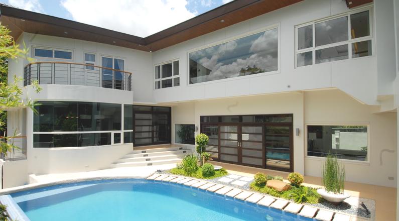 Usar portas e janelas de PVC externamente, representa utilizar o que há de mais moderno.